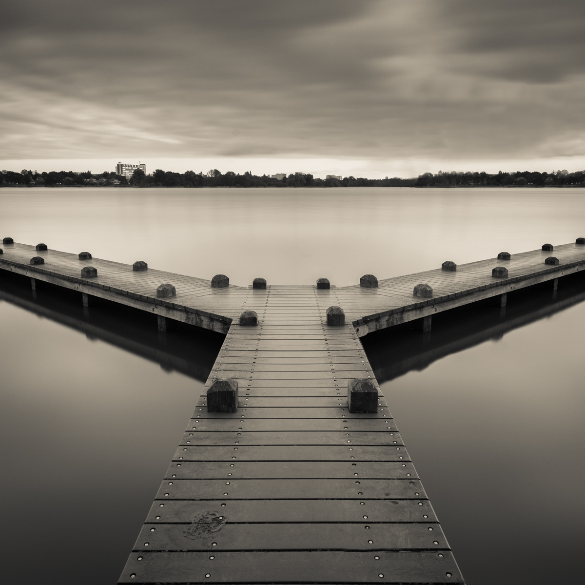 Black & White Jetty